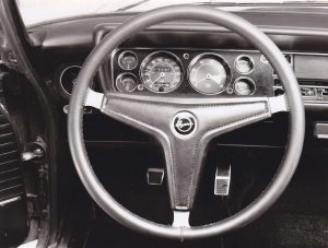 Capri RS2600 dash