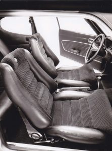 Capri RS2600 interior